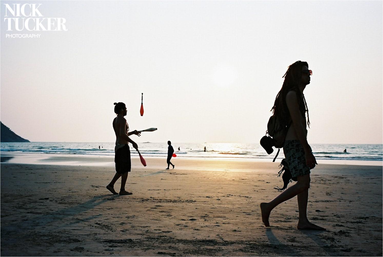 jugglers on kuble beach gokarna
