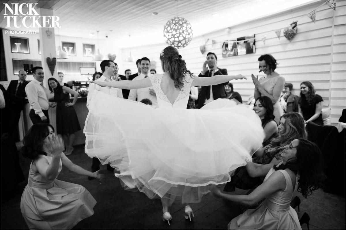 wedding dancing tunnels beaches