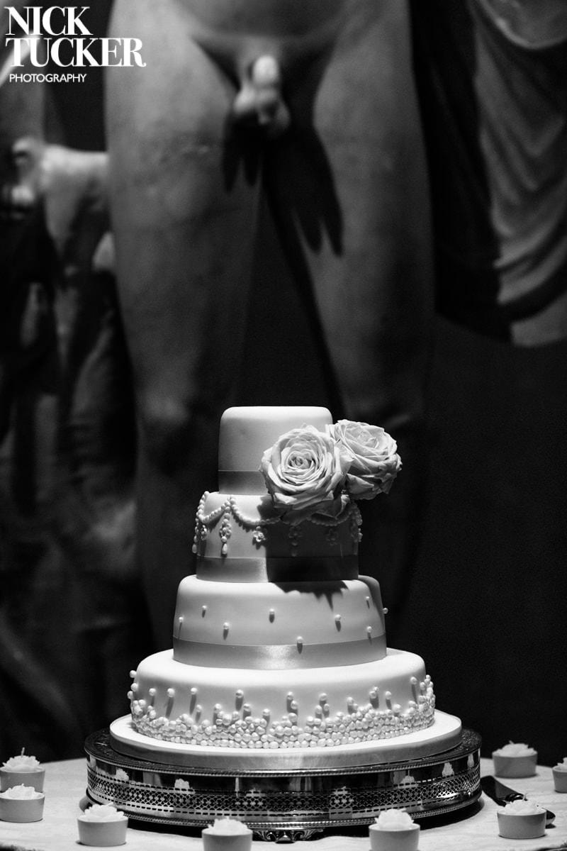 best wedding cake photography