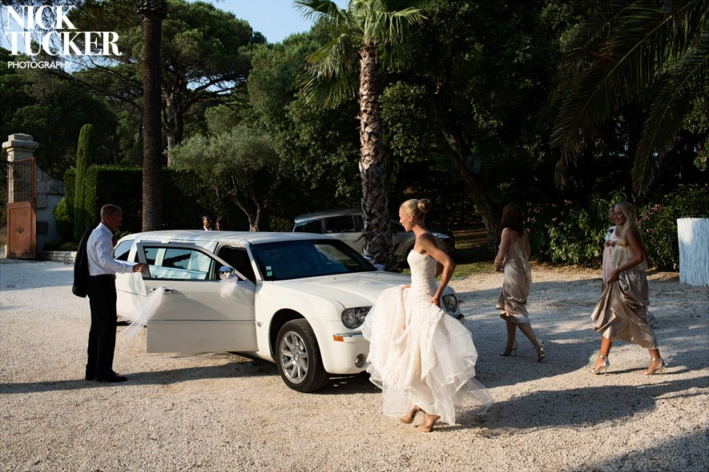 bride and limo