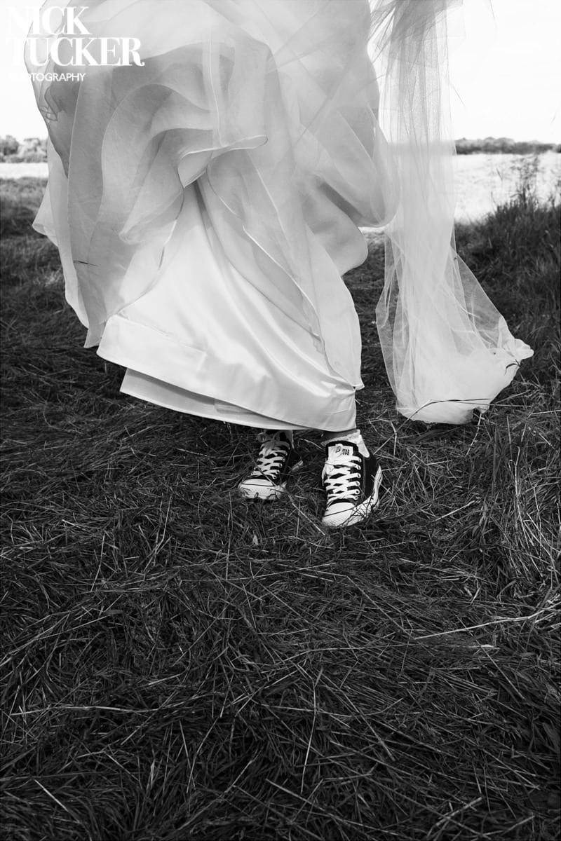 converse sneakers and wedding dress