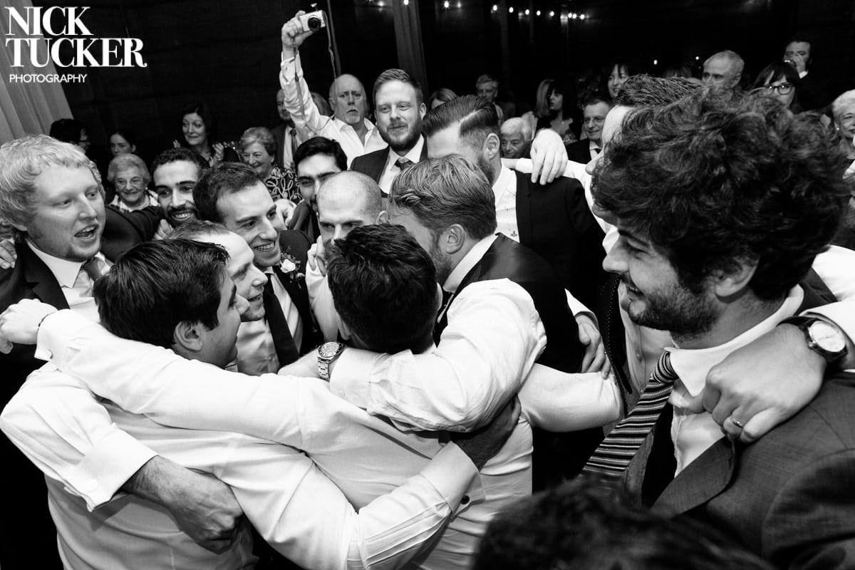 london jewish wedding dancing