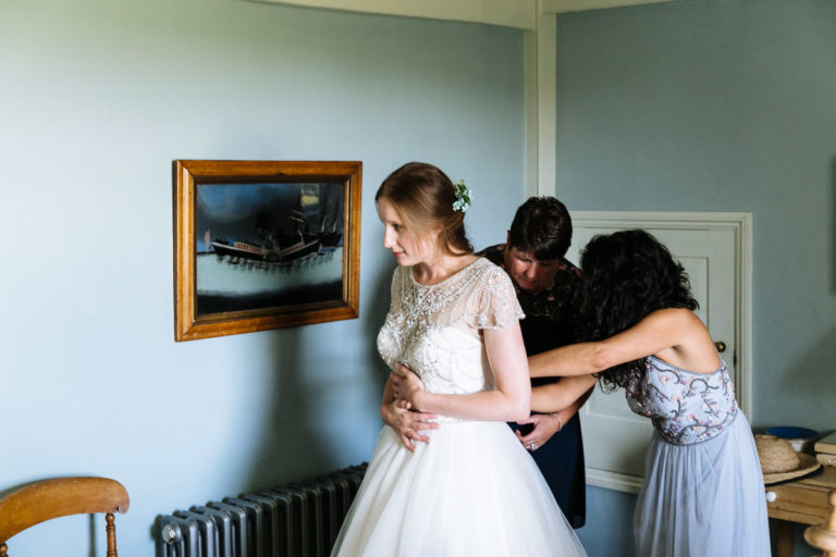 modern wedding photography uk